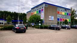 Het Merletcollege in Mill (foto: Jan Burgmans).