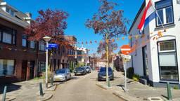 De Sint Lambertusstraat is flink versierd