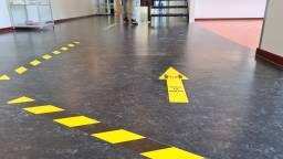 Maatregelen op een middelbare school in Oudenbosch (foto: Noël van Hooft).