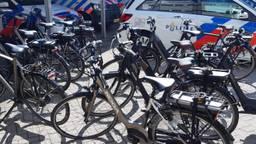 De fietsen uit het verhaal (foto: Politie Helmond/Facebook).