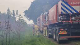 Veel rook bij de brand in de Deurnese Peel (foto: Harrie Grijseels/SQ Vision Mediaprodukties)