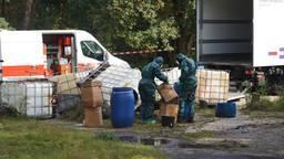 Lekkende vaten drugsafval gevonden in Teteringen