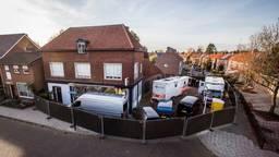 De plek in Enschede waar de vier doden werden aangetroffen (foto: ANP / Vincent Annink)