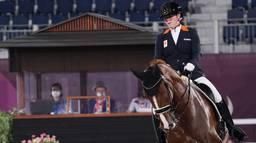 Sanne Voets in actie tijdens de Paralympics op haar paard Demantur (foto: ANP 2021/Jurjen Engelsman).