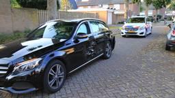 De gestolen auto raakte flink beschadigd (foto: Grijseels/SQ Vision).