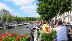 Genieten in Breda (foto: Henk Voermans).
