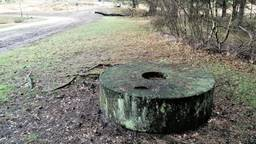 De verdwenen molensteen in betere tijden (foto: Natuurmonumenten).