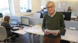 Gepensioneerd arts Gerard Megens (70) uit Nuenen meldde zich bij de GGD (foto: Joris van Duin).