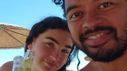 Jasmijn en Bob vieren vakantie in Griekenland.