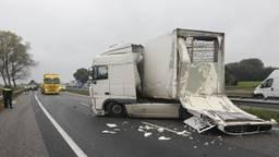 A58 dicht na ongeluk tussen twee vrachtwagens