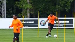 PSV traint op afstand van elkaar. (Foto: Orange Pictures)