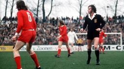 Voetbalscheidsrechter Frans Derks behoorde tot de buitencategorie, meent Jan Poortvliet (foto: ANP).