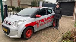 Wiel Willems rijdt al 68 jaar in verschillende Citroën auto's.