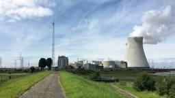 De kerncentrale in Doel, ten zuiden van de gemeente Woensdrecht (foto: archief).
