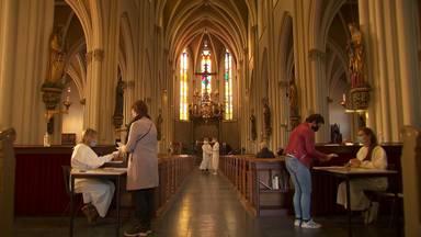 Vaccinaties in de kerk in Zeeland.