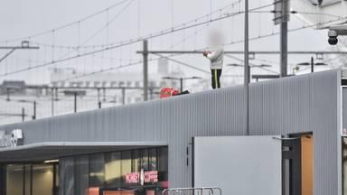 De man stond vlakbij het spoor (foto: SQ Vision/Toby de Kort).