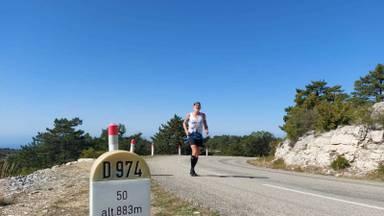 Kiske onderweg tijdens zijn tweede beklimming van de Mont Ventoux (foto: Ruud van der Meijden).