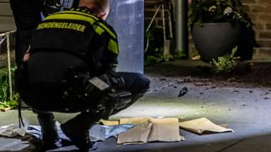 Gewonde gevonden voor huis in Tilburg