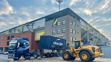 Gemeente Breda plaatst zeecontainers om NAC-stadion