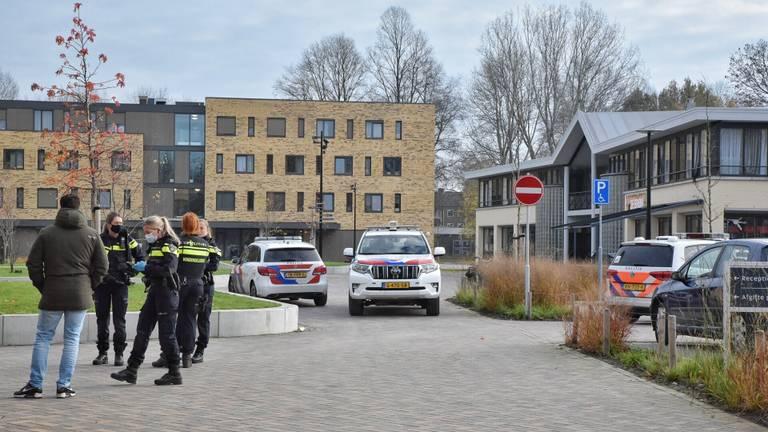 De steekpartij vond plaats aan de Reitse Hoevenstraat in Tilburg (foto: Toby de Kort).