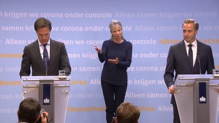 De persconferentie van Rutte en De Jonge.
