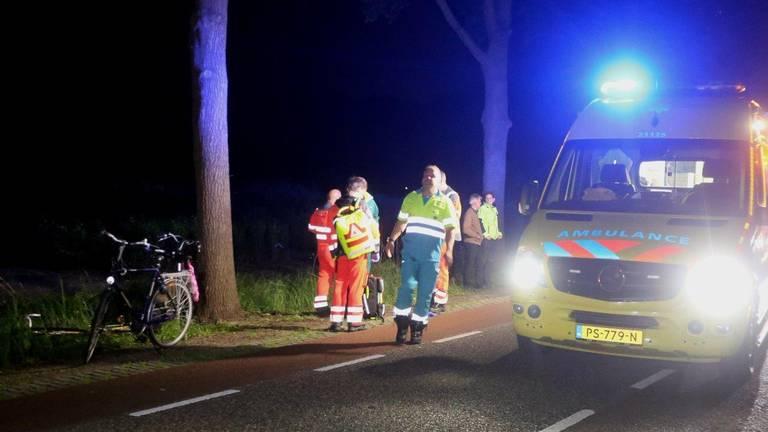 Er waren veel mensen op de been om de slachtoffers in Heeswijk-Dinther te helpen (foto: Bart Meesters/SQ Vision Mediaprodukties).