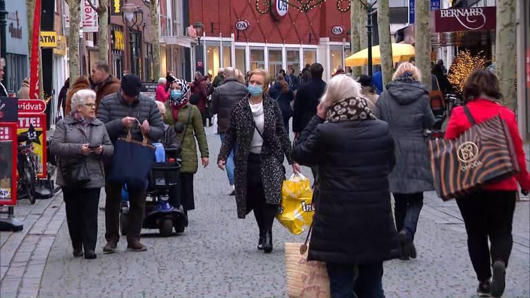 Drukte in de winkelstraten (foto: Omroep Brabant).