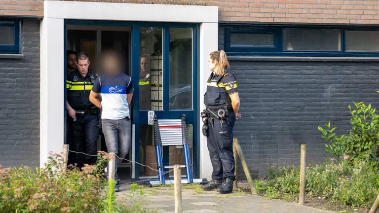 Er zijn in totaal vijf mensen aangehouden (foto: Iwan van Dun/SQ Vision)