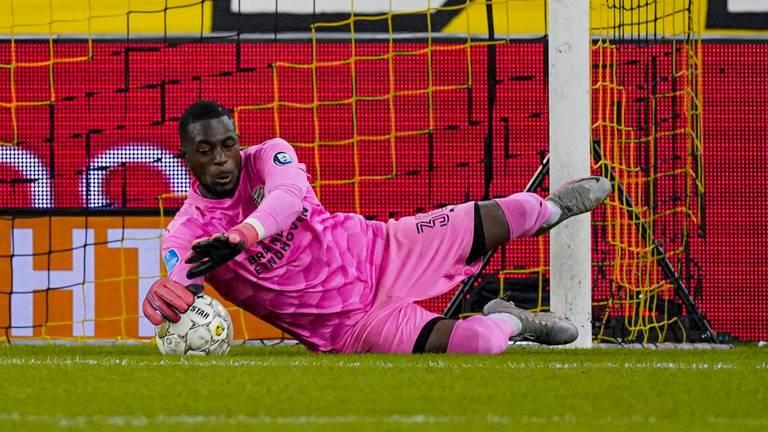 PSV-doelman Yvon Mvogo (foto: OrangePictures).