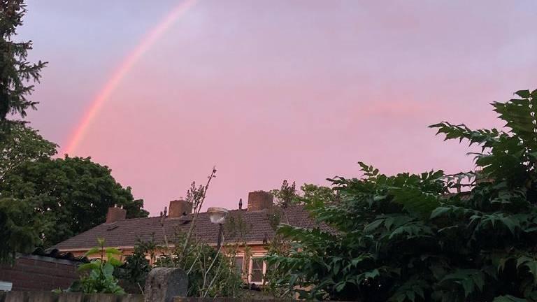 Christine zag een regenboog opdoemen,