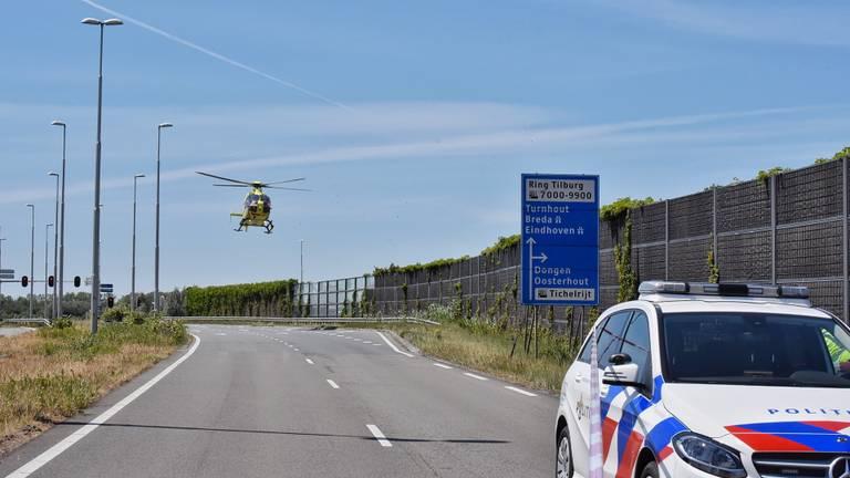 Een traumahelikopter kwam ter plekke (foto: Toby de Kort/SQ Vision).