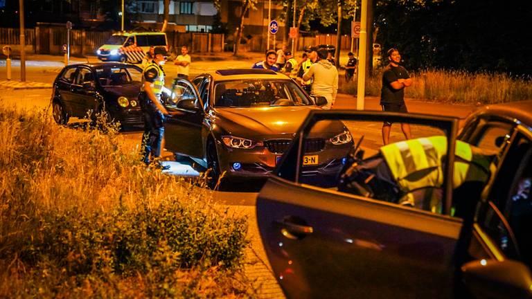 De politie controleerde uitgebreid in Tongelre na de oproep tot rellen (foto: Sem van Rijssel/SQ Vision).