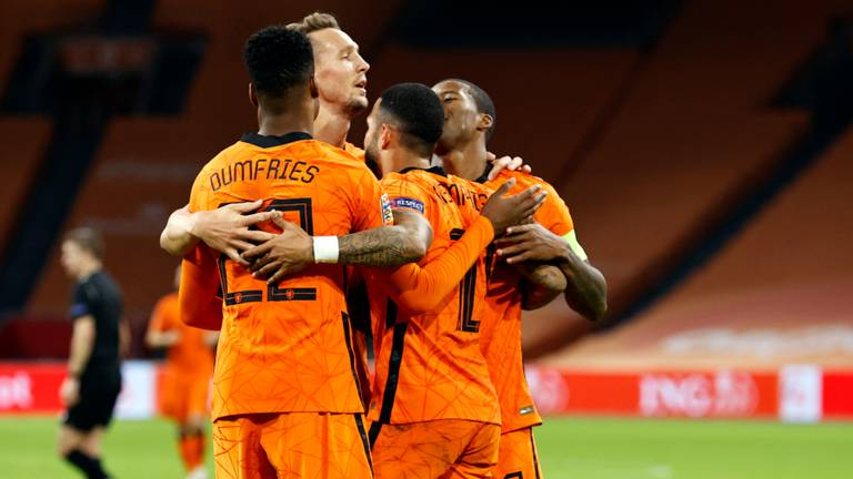 Denzel Dumfries was met twee assists van belang (foto: ANP).