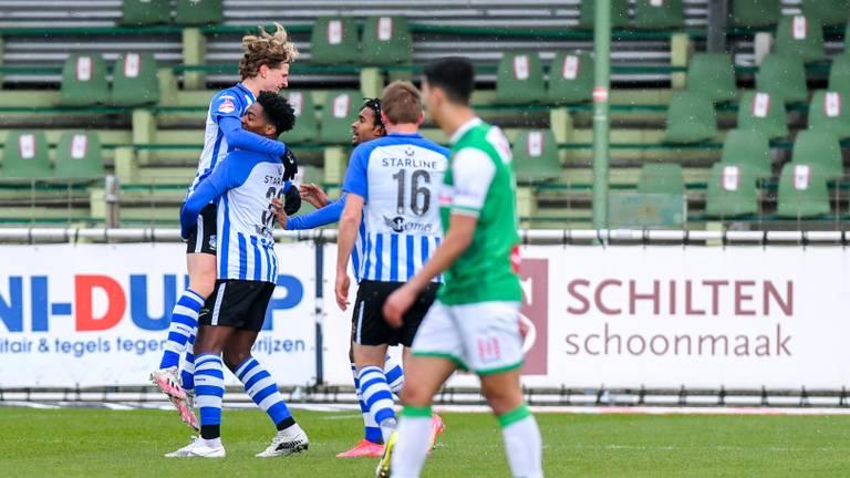 Voor FC Eindhoven was er na vijftien duels zonder zege eindelijk weer wat te juichen (foto: OrangePictures).