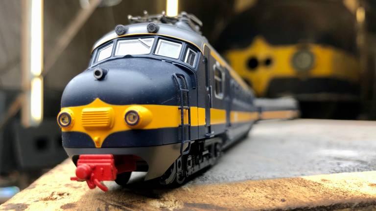 De Hondekop Beneluxtrein was dertig jaar lang een vertrouwd beeld op het West-Brabantse spoor (Foto: Erik Peeters)