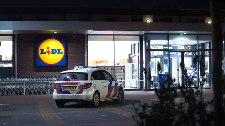 Gewapende overval op supermarkt Lidl in Helmond, dader op de vlucht (foto: archief).