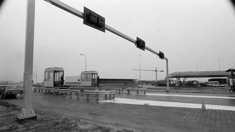 Douanepost Hazeldonk begin jaren '80. (foto: Ben Steffen)
