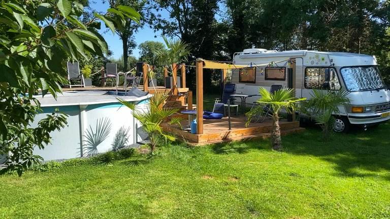 De alternatieve camping in Sint Oedenrode (foto: Jan Peels).