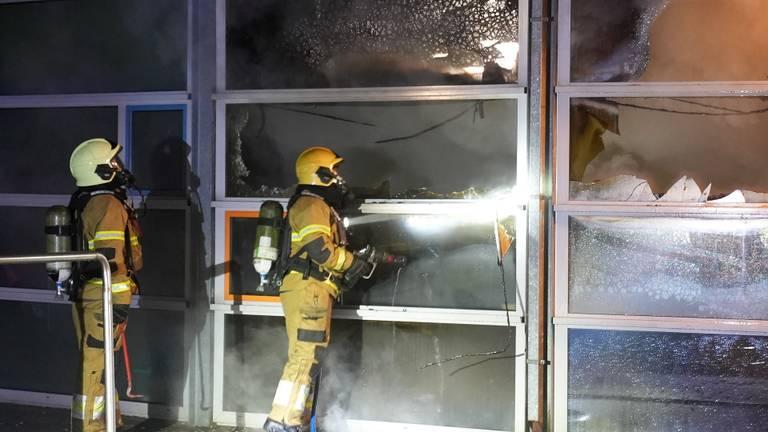 De schade aan het schoolgebouw in Oss is aanzienlijk (foto: Gabor Heeres/SQ Vision).