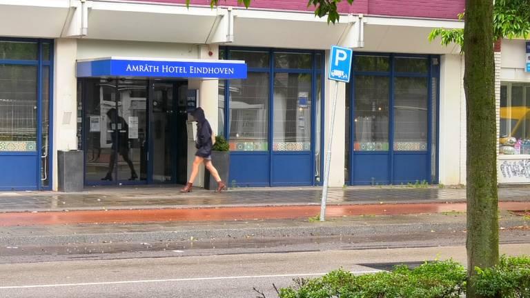 Arbeidsmigranten in voormalig Amrath hotel Eindhoven