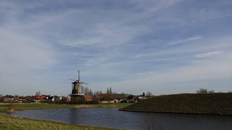 Sluierbewolking in Moerdijk (foto: Anja Bastiaansen).