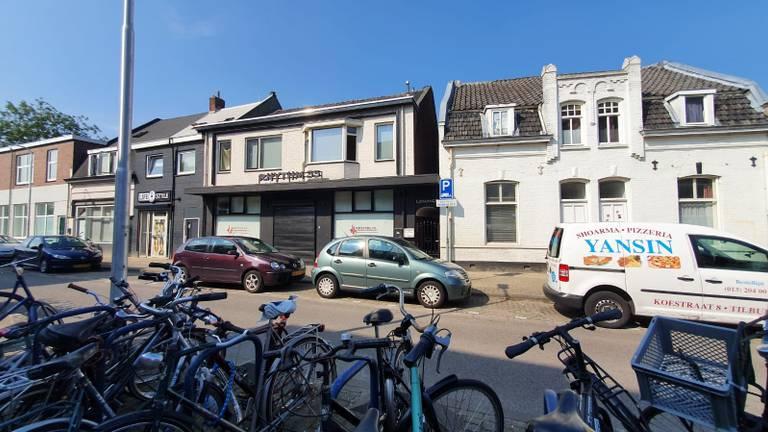 De Koestraat in Tilburg zondagochtend (foto: Dirk Verhoeven).