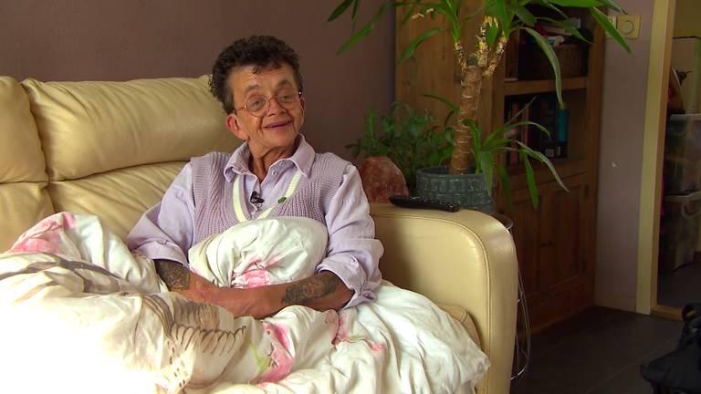 Hanny leeft al bijna dertig jaar in armoede.