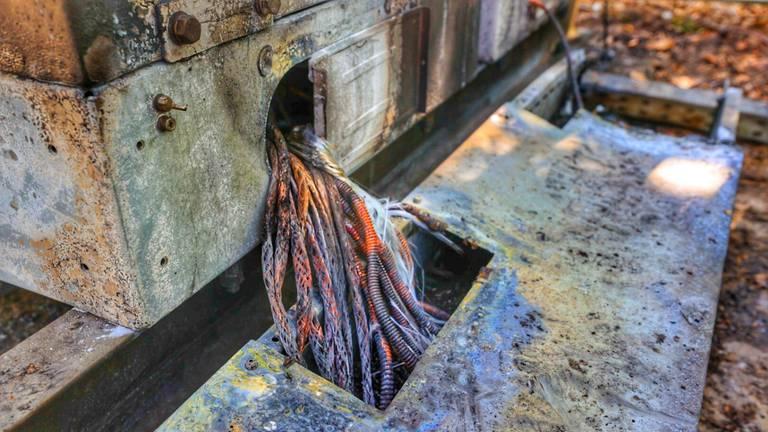 Brandstichting bij zendmast Veldhoven (Foto: Rico Vogels/SQ Vision)