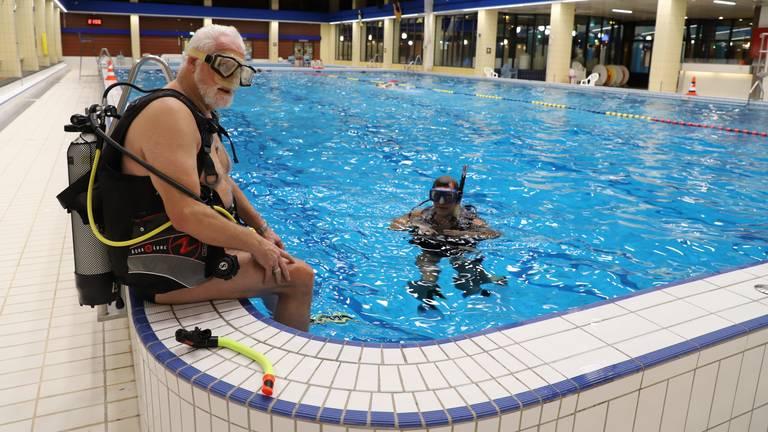 Willem en Eduard duiken voorlopig voor het laatst. (foto: Collin Beijk)