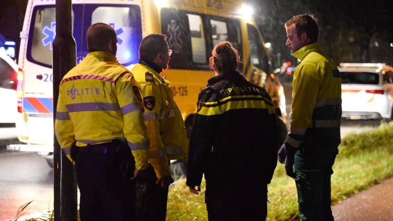 Vanwege de ernst van het ongeluk werden meerdere hulpverleners opgeroepen (foto: Perry Roovers/SQ Vision).