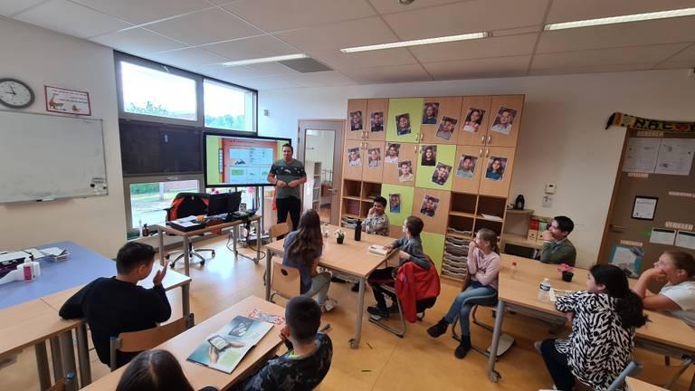 Leraren staan weer voor een volledige klas bij Het Noorderlicht in Breda (foto: Noël van Hooft).