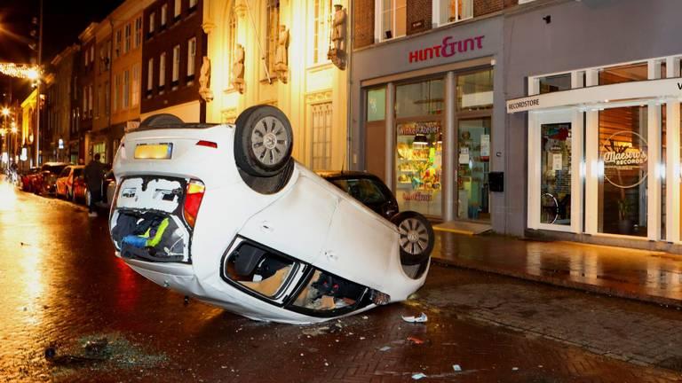 Deze auto moest eraan geloven in Den Bosch (archieffoto: SQ Vision)