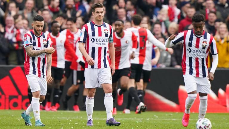 Teleurstelling bij WIllem II na een treffer van Feyenoord (Foto: Hollandse Hoogte).