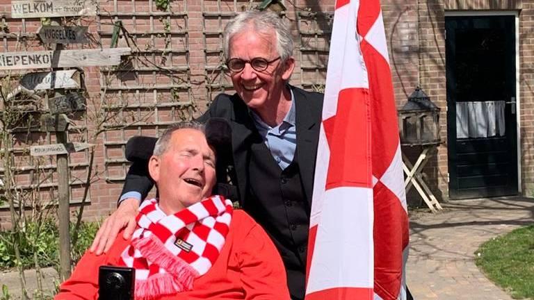 Jan en Geer vieren de winst. (Foto: Jan van Hoof)